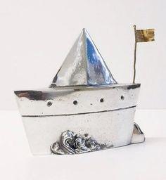 aluminum boat with a bronze flag, sand cast sculpture, gift idea Beach House Signs, Beach House Decor, Letter Decals, Sailboat Art, Boat Decor, Nautical Marine, Aluminum Boat, Original Gifts, Art Object