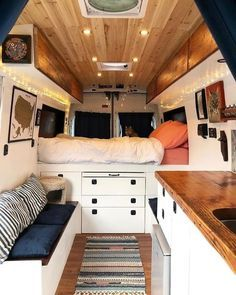 aeb7eb9547 A clean van makes us so happy ✨ . Living in a small space