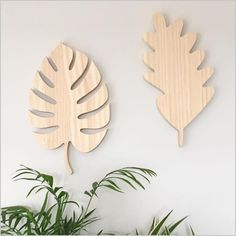 Image of wooden monstera leaf for the wall