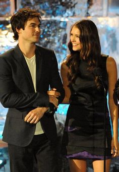 Such a beautiful couple. Nian. Nina Dobrev & Ian Somerhalder ♥