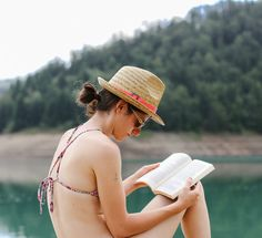 Check out a happiness expert's essential summer reading list.