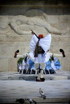 With great respect. Athens, Greece. - Selected by www.oiamansion.com in Santorini. Athens Hotel, Athens Greece, Military Guard, Zorba The Greek, Visit Turkey, Greek Warrior, Greek Beauty, Europe, Ancient Greece
