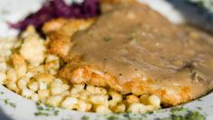 Jaegerschnitzel is a popular way to serve pork, veal or chicken cutlets. Jaegerschnitzel means Hunter's Cutlets, where pork schnitzel is quick cooked and served with a creamy mushroom sauce. Jaeger Schnitzel is a quick and easy German dish. Creamy Mushroom Sauce, Creamy Mushrooms, Stuffed Mushrooms, Mushroom Gravy, Veal Cutlet, Pork Cutlets, Chicken Cutlets, Pork Chops, Wiener Schnitzel
