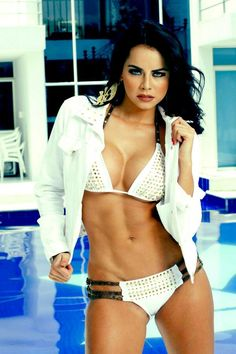 """( ☞ 2017 ) ☆ BEAUTIFUL BIKINI ☀️ GIRL ☆ MICHELLE SARMIENTO. ) ☀️ Michelle Sarmiento Ortiz - ., 5' 6"""" 117 lbs - Bogota, Colombia."""