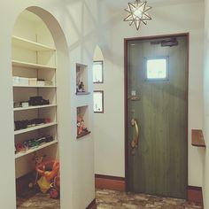 nanaotoさんの、Entrance,ステンドグラス,ドア,ニッチ,タイル,アーチ,エトワールについての部屋写真