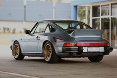 911 SC Martini Hot Rod with Group IV wheels