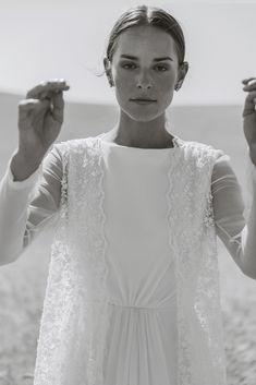 Wedding Looks, Wedding Bride, Perfect Wedding, Dream Wedding, Wedding Dresses, Modest Fashion, Fashion Outfits, Iconic Dresses, Wedding Photoshoot