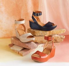 A new favorite from Kork Ease®—supple leather hugs your foot with elegant, wrap-around ankle straps.