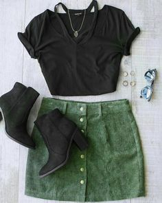 40 Fall Outfit Ideas For Everyone To Look Stylish Look Fashion, Teen Fashion, Autumn Fashion, Fashion Outfits, Womens Fashion, Fashion Skirts, School Fashion, Mode Outfits, Casual Outfits