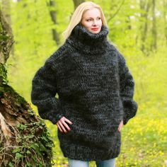 Big and heavy hand knitted sweater in black and grey, size S, M, L, XL