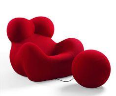 """Fauteuils et pouf dits """"La Donna"""" de Gaetano Pesce Design Blog, Icon Design, Chair Design, Furniture Design, Joe Colombo, Love Chair, Inside Design, Backrest Pillow, Industrial Design"""