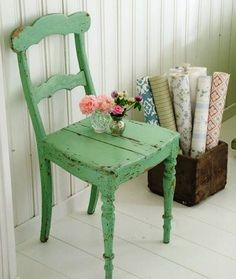 Like my shabby chic chair - make another for the summer house Old Chairs, Vintage Chairs, Green Chairs, Wooden Chairs, Painted Chairs, Painted Furniture, Shabby Chic Furniture, Vintage Furniture, Mint Furniture