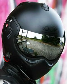 Roof Boxer Helmet - WANT!...