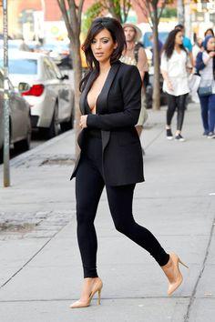 "Kim Kardashian shows off her ""Girls"" in NYC"