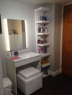 Makeup Room Ideas Ikea For Purse - makeup vanity table, makeup room meaning, makeup room goals Ikea Makeup Vanity, Makeup Vanity Tables, Small Makeup Vanities, Diy Vanity Table, Vanity Decor, Ikea Lack Shelves, Lack Shelf, Ikea Shelf Hack, Build Shelves