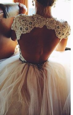 I'm not really a fan of the ball gown dresses, but this back is gorgeous![ AlbertoFermaniUSA.com ] #fashion