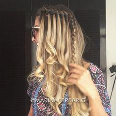 Pra quem pediu tutorial de um dos penteados das inspirações que postei ontem!! Esse você vai fazendo uma trança embutida, mas sempre deixando a mechinha de baixo e pegando outra!! ❤️ #mftutoriais