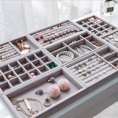 Bedroom Closet Design, Room Ideas Bedroom, Home Room Design, Closet Designs, Diy Bedroom Decor, Jewelry Drawer, Jewelry Tray, Jewellery Storage, Ring Storage