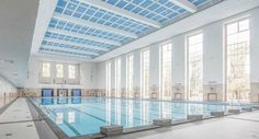 Schwimmhalle Finckensteinallee. Renovación de una piscina de los años 30