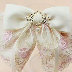 Pretty Bow ~ lavender-colored glasses...