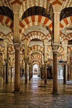 Great Mosque of Cordoba Cordoba, Andalusia, Spain. The best thing about Cordoba Cordoba Andalucia, Cadiz, Andalusia Spain, Granada Spain, Islamic Architecture, Amazing Architecture, Lumiere Photo, Wonderful Places, Beautiful Places