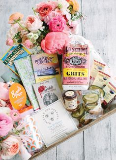 Wedding welcome baskets are more fabulous than ever. Whether you are throwing a destination wedding or hosting out-of-town guests, show your appreciation with a basket of gourmet goodies! Wedding Gift Bags, Wedding Favors For Guests, Our Wedding, Wedding Ideas, Wedding Inspiration, Dream Wedding, Wedding Souvenir, Brunch Wedding, Wedding Story
