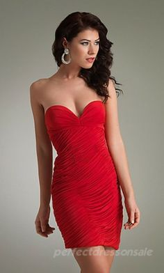 Jazz Couture Red Cocktail Dress This low sweetheart neckline, fitted dress with touching detail is figure-flattering and sexy. This red dress will make you stand out at any party. Party Dresses For Women, Sexy Dresses, Beautiful Dresses, Short Dresses, Formal Dresses, Dresses 2013, Dresses Online, Evening Dresses, Girls Dresses