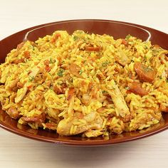 Rice with Chicken and Sausage, the famous Chicken - Super tasty recipe of rice with chicken and sausage. Perfect to do on a daily basis and eat with th - Easy Casserole Recipes, Healthy Dinner Recipes, Vegetarian Recipes, Cooking Recipes, Cooking Courses, Tasty Videos, Food Videos, Brazillian Food, Healthy Chicken Dinner