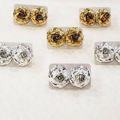 Aretes Rosas #accesorios #toposparatodoslosdias #aretesgolfi #aretesrosas #topos