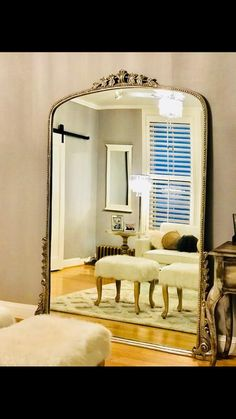 Large Vintage Mirror, First Apartment Decorating, Glass Fit, Tufted Bed, Entryway Console, Metal Side Table, Living Room Mirrors, Mirror Ideas, Bedroom Accessories