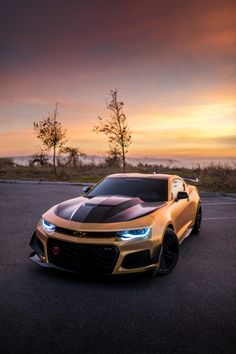 Exceptional Expensive cars tips are offered on our internet site. Read more and you wont be sorry you did. Luxury Sports Cars, Top Luxury Cars, Cool Sports Cars, Super Sport Cars, Cool Cars, Exotic Sports Cars, Carros Audi, Carros Lamborghini, Lamborghini Cars