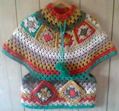 Poncho with pockets. Just Photo! Crochet Cap, Crochet Girls, Crochet Woman, Crochet For Kids, Crochet Shawl, Crochet Scarves, Crochet Clothes, Crochet Stitches, Crochet Poncho Patterns