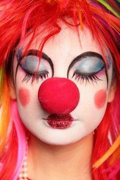 clown by sailorandwidow on DeviantArt Cute Clown Makeup clown DeviantArt sailorandwidow Clown Face Makeup, Makeup Fx, Halloween Face Makeup, Makeup Ideas, Eyebrow Makeup, Party Makeup, Clown Mignon, Female Clown, Halloween Karneval