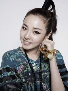 Dara - Funky Hairstyles | Beautiful Korean Artists
