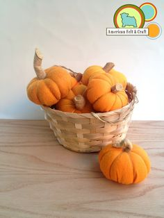 A plethora of mini pumpkins make the perfect fall decor or felt food. These pumpkins are deceptively easy with our mini felt pumpkin tutorial. Felt Diy, Felt Crafts, Baby Christmas Ornaments, Felt Ornaments, Diy Christmas, Holiday Fun, Holiday Decor, Felt Food Patterns, October Crafts