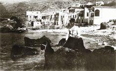 """Ο Hubert Pernot στα Σφακιά 1913. Hubert Pernot """"Εξερευνώντας την Ελλάδα. Φωτογραφίες 1898-1913"""" Crete, Painting, Painting Art, Paintings, Paint, Draw"""