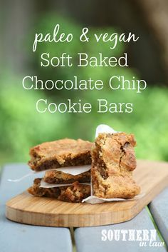 Easy Paleo & Vegan Soft Baked Chocolate Chip Cookie Bars Recipe | The simplest of cookie recipes, this healthy cookie slice tastes seriously decadent – but it is secretly gluten free, vegan, dairy free, egg free, a clean eating recipe, paleo, grain free AND a one bowl recipe. A magic dessert that uses your favourite peanut butter or nut butter and gooey chocolate chips.