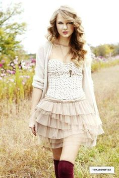 One of my favourite Taylor photoshoots ever ♥