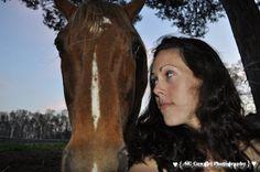 I seeee yyyooouuuu! http://www.thenorthcarolinacowgirl.com/2012/the-best-kind-of-horse-lovin