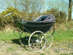 pram Vintage Pram, Prams And Pushchairs, Dolls Prams, Pram Stroller, Baby Carriage, Strollers, Wheelbarrow, Bobs, English People