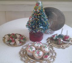 Dollhouse Miniature One Inch Scale Christmas Set by CSpykersMiniatures