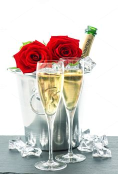 Bottle of champagne, two glasses and red roses. Festive arrangement with sparkling wine and flowers More food pictures see in my collection Food Please look Red Champagne, Vintage Champagne, Champagne Bottles, Champagne Glasses, Valentines Day Pictures, Happy Valentines Day, New Years Countdown, Pretty Phone Wallpaper, Sparkling Wine