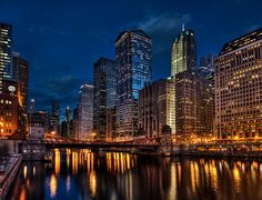 A nighttime view of the #chicagoloop. #Chicago. Beautiful!