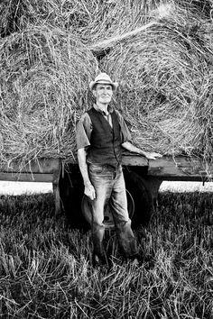 Ballinasloe Farmer Bailing Straw www.davidpolandphotography.com Farmer, Ireland, Irish, Photo Galleries, Spaces, Gallery, Art, Art Background, Irish Language