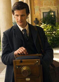 Matt Smith... With an olde timey camera?