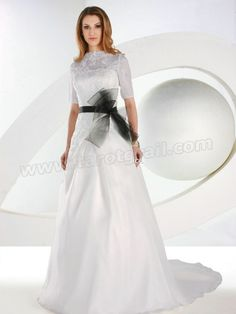 Orgnaza A-Line Gown with An With A Chapel Length Train Wedding Dress