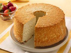 Le Gâteau des Anges | Langel Food Cake (ou Gâteau des Anges, cest tellement beau ! Cf Céline Dion), est un gâteau de type spongieux d...