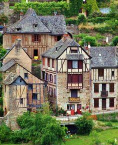 Spain Travel, France Travel, Wonderful Places, Beautiful Places, Travel Around The World, Around The Worlds, Places To Travel, Places To Go, La Roque Gageac