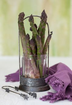 The Little Corner Asparagus Spears, Asparagus Recipe, Food Photography Styling, Food Styling, Life Photography, Spring Soups, Purple Fruit, Squash Vegetable, Blueberry Juice