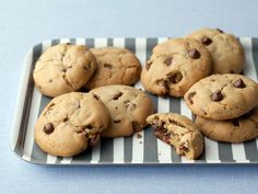 Chewy Chocolate Chip Cookies : Classic chocolate chippers are a staple after-school snack, but everyone has their preference: chewy or crispy. Alton Brown perfected this recipe for lovers of the chewy variety.